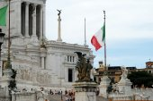 Tourists in Rome city on May 29, 2014 — Stock Photo