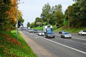 Vilnius city Ukmerges street autumn view with cars and trucks — 图库照片
