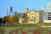 Palace of Lithuanian Architects Union in Vilnius city at autumn time — Stockfoto