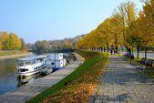 Vilnius city with river Neris autumn view  — Stockfoto