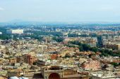 Aerial view of Rome city from St Peter Basilica roof — Foto de Stock