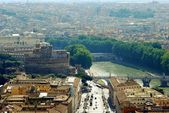 Aerial view of Rome city from St Peter Basilica roof — Stock fotografie