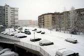Winter snowfall in capital of Lithuania Vilnius city Pasilaiciai district — Stock Photo