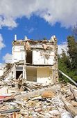 House being demolished, demolishing first and then rebuild — Stock Photo