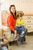 Matka z córką mały — Zdjęcie stockowe