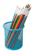 Brushes for artists in a basket. For drawing. — Stock Photo