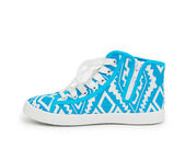 Paio di sneakers blu nuovo isolato su sfondo bianco — Foto Stock
