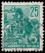 Stamp printed in GDR shows Reconstruction of steam locomotive — Stock Photo