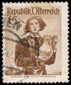 Stamp printed in Austria, shows a woman from Burgenland, Lutzman — Stockfoto