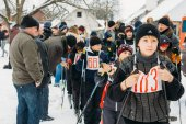 Unrecognizable Belarusian secondary school pupils preparing for  — Stock Photo