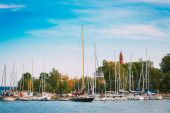 Harbour And Quay Yacht In Summer Day. Helsinki, Finland.  — Stock Photo