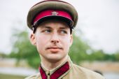 Unidentified re-enactor dressed as Soviet soldier during events — Stock Photo