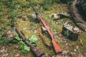 Soviet and German rifles of World War II - SVT 40 and Mauser Kar — Stock Photo