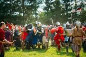 Historical restoration of knightly fights on festival of medieva — Stock Photo