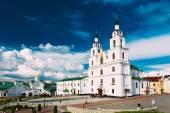 Die Kathedrale des Heiligen Geistes In Minsk - die Hauptkirche der orthodoxen — Stockfoto