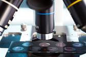 Microscope in Laboratory — Stock fotografie