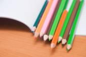 Potloden op notebook — Stockfoto