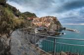 Village of Manarola, on the Cinque Terre coast of Italy — Stock Photo