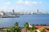 View from the fort Castillio el Morro on the capital Havana — Stock Photo