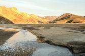 İzlanda, landmannalaugar, riolit dağlar gün batımında — Stok fotoğraf