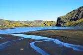 Mountain lake in Iceland — Stock Photo