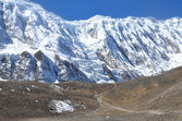 Nepal, trekking in the Himalayas. Mountain landscape. 4500 meters above sea level, Annapurna — Stock Photo