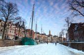 Paisagem do inverno de uma cidade — Foto Stock