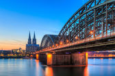 Cityscape of Cologne from the Rhine river with blue sky — Stock Photo