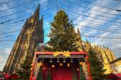Christmas market near the Dom church in Cologne Germany — Stock Photo