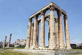 Ruin of the temple of Olympian Zeus in Athens, Greece — Stock Photo