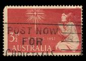 Australia stamp showing an image of a girl praying to a star — Foto de Stock
