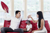 Two parents quarreling at home — Stock Photo