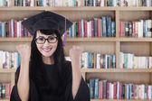 Asian graduate celebrate graduation 1 — Zdjęcie stockowe
