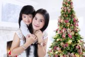 Young parent and her daughter — Stock Photo