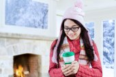 Girl enjoy hot drink at home — Stock Photo