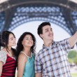 Teenagers taking self pictures in paris — Stock Photo #60222997