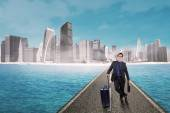 Entrepreneur with luggage doing business travel — Stock Photo