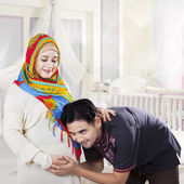Islamic family waiting childbirth — Foto de Stock