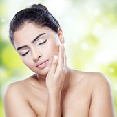 Pretty model with smooth skin — Stock Photo