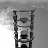 Chrome hourglass — Stock Photo