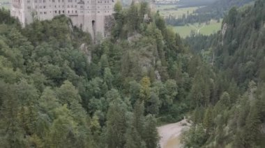 Panoramic view of the Bayern castle — Stock Video