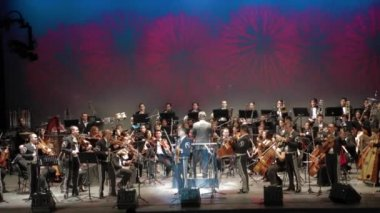 The Puebla symphonic orchestra with a mariachi band — Stock Video