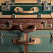 Colorido maletas vintage — Foto de Stock