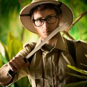 Walking through the jungle — Stock Photo