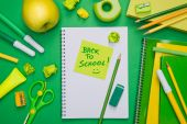 Back to school with stick note — Stock Photo