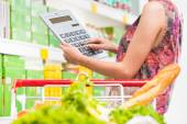 Shopping on a budget — Foto Stock
