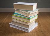 Pila di libri con copertina rigida — Foto Stock