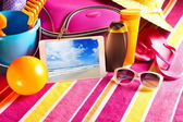 Tablet showing vacations pictures — Stok fotoğraf
