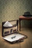 Vintage businessman briefcase — Stock Photo
