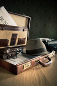 Photoreporter vintage open briefcase — Stock Photo